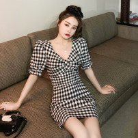 Dress Summer 2021 Black and white S. M, l (recommended 100-120 kg), XL (recommended 120-140 kg), 2XL (140-160 kg recommended), 3XL (160-180 kg recommended), 4XL (180-200 kg recommended), to ensure that the real object is consistent with the picture Short skirt singleton  Short sleeve commute V-neck