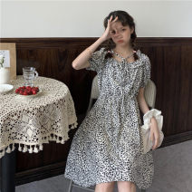 Dress Summer 2020 Picture color Average size Mid length dress Short sleeve commute Crew neck Loose waist Decor Socket other other Others 18-24 years old Type H Korean version 31% (inclusive) - 50% (inclusive) cotton