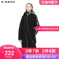 Windbreaker Spring of 2019 S/160 M/165 L/170 XL/175 Black / 91 Long sleeves routine Medium length commute other Hood routine Straight cylinder Ol style s.deer 25-29 years old 30% and below nylon Same model in shopping mall (sold online and offline)
