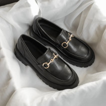 Low top shoes 35,36,37,38,39,40 Other / other black Round head Double skin mulching Muffin bottom Middle heel (3-5cm) Midmouth Superfine fiber Spring 2021 Trochanter Britain Adhesive shoes Youth (18-40 years old) Solid color rubber Lazy shoes waterproof Microfiber skin daily Soft skin