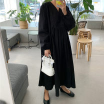 Dress Autumn 2020 Black Beige S M L XL longuette singleton  Long sleeves commute V-neck Loose waist Solid color Socket A-line skirt routine 25-29 years old Enchantment of imperial concubines Korean version Pleated pocket More than 95% cotton Cotton 100% Pure e-commerce (online only)