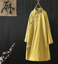 Cotton padded clothes Winter 2018 Other / other have more cash than can be accounted for Long sleeve thickening commute stand collar routine Straight tube Design and color Retro Embroidery 31% (inclusive) - 50% (inclusive) hemp One size fits all Yellow, blue, pink