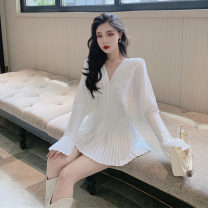 Lace / Chiffon Autumn 2020 white S M L Long sleeves commute Socket singleton  Self cultivation Medium length V-neck Solid color routine 18-24 years old Hua Xian Korean version 31% (inclusive) - 50% (inclusive) Triacetate fiber (triacetate fiber) 100% Exclusive payment of tmall