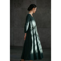 Dress Spring 2021 Malachite green S,M,L,XL Mid length dress singleton  Long sleeves commute Crew neck Loose waist Solid color Socket Big swing routine Others 35-39 years old Type H Pastoral Tour Retro 211FL278 More than 95% hemp