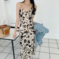 Dress Summer 2021 Leopard grey, Khaki S,M,L Mid length dress singleton  Sleeveless commute V-neck High waist Solid color zipper One pace skirt camisole 25-29 years old Type H Zipper, backless, pleated, original 13-2356 81% (inclusive) - 90% (inclusive) Silk and satin Cellulose acetate