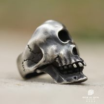 Ring / ring Silver ornaments 501-800 yuan White wood and black ice One eyed skeleton brand new Custom made Original design Online gathering features Not inlaid 925 Silver