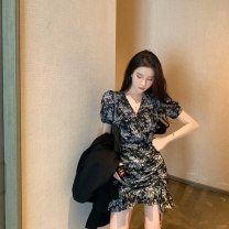 Women's large Summer 2020 Dress S M L XL XXL Dress singleton  commute Self cultivation moderate Socket Short sleeve Broken flowers Korean version V-neck routine other JXD-LYQ8689 Golden Jubilee flower 18-24 years old Other 100% Pure e-commerce (online only)