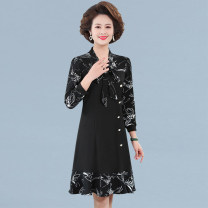 Middle aged and old women's wear Spring 2021 Black red XL recommendation 90-105 kg 2XL recommendation 105-120 kg 3XL recommendation 120-135 kg 4XL recommendation 135-145 kg 5XL recommendation 145-160 kg commute Dress easy singleton  Decor Socket moderate V-neck Medium length routine AYL-2108 Button