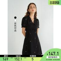 Dress Summer 2021 Black, off white S,M,L Mid length dress singleton  Short sleeve commute V-neck High waist Socket A-line skirt puff sleeve Type A VEGA CHANG Embroidery
