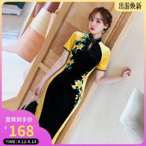 cheongsam Winter 2020 S,M,L,XL,XXL Short sleeve long cheongsam Retro High slit banquet Round lapel Decor 18-25 years old Embroidery Weisilu polyester fiber 91% (inclusive) - 95% (inclusive)