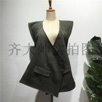 Vest Autumn of 2018 Greyish green white S M L Medium length other street Solid color A button other 96% and above polyester fiber