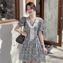 Dress Summer 2021 Yellow, blue M [90-100 Jin], l [100-120 Jin], XL [120-135 Jin], 2XL [135-150 Jin], 3XL [150-165 Jin], 4XL [165-180 Jin] Short skirt singleton  Short sleeve commute V-neck High waist Broken flowers A-line skirt puff sleeve Type A Korean version Lace 51% (inclusive) - 70% (inclusive)