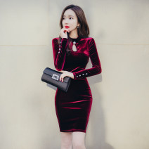 Dress Winter 2020 claret S M L XL Middle-skirt singleton  Long sleeves commute Crew neck High waist Solid color zipper One pace skirt routine 25-29 years old Zhiyu Korean version Button 91% (inclusive) - 95% (inclusive) polyester fiber Polyester 92% polyurethane elastic fiber (spandex) 8%