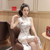 cheongsam Summer 2020 S,M,L Decor Sleeveless long cheongsam ethnic style Low slit banquet Oblique lapel Decor 18-25 years old Daxihao 1F a08-a-50 × 6013 other 51% (inclusive) - 70% (inclusive)