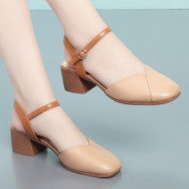 Sandals 35 36 37 38 39 40 41 42 Beige / 2026 grey / 2026 apricot / 2026 top layer leather Leopard model Baotou Thick heel Middle heel (3-5cm) Summer 2020 Flat buckle leisure time Solid color Adhesive shoes Middle age (40-60 years old) rubber daily Front and rear trip strap Hollow 2026FW Flat buckle