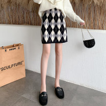 skirt Autumn 2020 Average size Grey lattice kaqige Short skirt commute High waist A-line skirt lattice Type H 18-24 years old a-8109 knitting AI Fanzhe zipper Korean version Exclusive payment of tmall