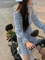 Dress Spring 2021 Black, blue, black second batch, blue second batch S,L,M longuette singleton  Long sleeves street square neck High waist Broken flowers Socket other routine Others 18-24 years old Type A CL6190 31% (inclusive) - 50% (inclusive) other polyester fiber navy