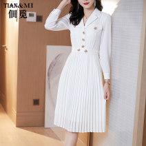 Dress Autumn 2020 black S M L XL Mid length dress singleton  Long sleeves commute tailored collar middle-waisted Solid color other Pleated skirt other Others 30-34 years old Type A Tenancy search Ol style Stitching buttons More than 95% other polyester fiber Pure e-commerce (online only)