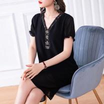 Women's large Summer of 2019 black M (about 100-115 kg) l (about 115-125 kg) XL (about 125-140 kg) 2XL (about 140-155 kg) 3XL (about 155-170 kg) 4XL (about 170-185 kg) 5XL (about 185-210 kg) Dress singleton  commute Straight cylinder thin Socket Short sleeve Solid color Simplicity V-neck polyester