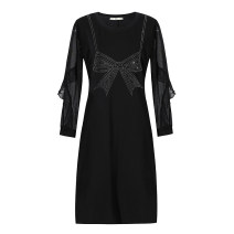 Women's large Spring 2021, summer 2021, winter 2021 black Large L, large XL, 2XL, 3XL, 4XL, 5XL Dress singleton  commute Self cultivation moderate Socket Long sleeves Solid color Korean version Crew neck routine Three dimensional cutting routine 30-34 years old Three dimensional decoration