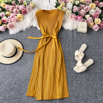 Dress Summer 2020 Average size Mid length dress singleton  Short sleeve commute V-neck High waist Solid color Socket A-line skirt routine Others 18-24 years old Type A Korean version Pleating, stitching, strapping 30% and below other other