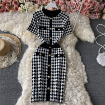 Dress Summer 2021 black Average size Mid length dress singleton  Short sleeve commute Crew neck High waist houndstooth  Socket other routine Others 18-24 years old Type H Korean version Button 30% and below other other