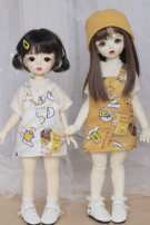 BJD doll zone suit 1/6 Over 3 years old goods in stock Turmeric strap skirt + inside strap + chain, white strap skirt + inside strap + chain, one turmeric strap skirt, one white strap skirt, inside strap Six, big six