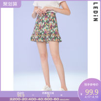skirt Summer 2020 L S M Short skirt Sweet High waist 18-24 years old More than 95% Leting polyester fiber Polyester 100% Same model in shopping mall (sold online and offline) solar system