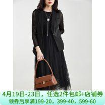 Fashion suit Spring 2021 L , S , XS , XL , M , 5XL , 4XL , 2XL , 3XL Black. Black has a belt 25-35 years old 9 Charms 9m