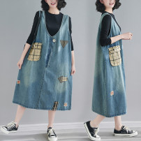 Women's large Spring 2021 Picture color M [100-120 Jin], l [120-140 Jin], XL [140-160 Jin], 2XL [160-180 Jin] Dress singleton  commute easy moderate Socket Sleeveless lattice literature V-neck Denim Make old Other / other 25-29 years old hole 71% (inclusive) - 80% (inclusive) Medium length other