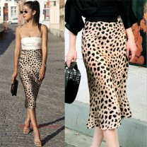 skirt Summer 2020 S,M,L,XL khaki Middle-skirt sexy Natural waist skirt Leopard Print Type X 25-29 years old 81% (inclusive) - 90% (inclusive) Chiffon 1_ ee1981 polyester fiber printing 40g / m ^ 2 and below