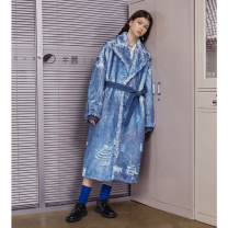 Windbreaker Winter 2020 S,M,L Denim blue Long sleeves thickening have more cash than can be accounted for commute Frenulum tailored collar Straight cylinder literature Semicircle 25-29 years old Printing, splicing 96% and above other polyester fiber polyester fiber