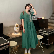 Dress Summer 2021 White, green, blue Average size Mid length dress singleton  Short sleeve commute V-neck Loose waist Single breasted One pace skirt puff sleeve 18-24 years old Korean version 51% (inclusive) - 70% (inclusive)