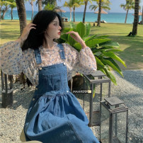 Dress Summer 2021 Floral Chiffon shirt, denim strap skirt S. M, average size Mid length dress Two piece set Sleeveless commute routine 18-24 years old Korean version 51% (inclusive) - 70% (inclusive)