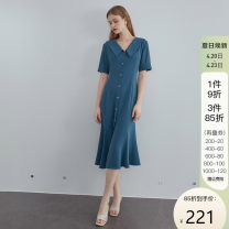 Dress Summer 2021 Khaki, grey blue XS,S,M,L,XL longuette singleton  Short sleeve commute V-neck High waist Solid color Single breasted other routine Others 25-29 years old Type X Van schlan Retro Bows, ties, buttons Z211010 91% (inclusive) - 95% (inclusive) other polyester fiber