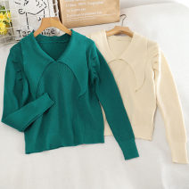 Wool knitwear Autumn 2020 Average size Green, apricot Long sleeves singleton  Socket other 30% and below have cash less than that is registered in the accounts routine commute Self cultivation V-neck Socket Korean version 18-24 years old