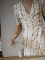 Dress Autumn 2020 S,M,L Short skirt Short sleeve commute V-neck Decor 18-24 years old Type A Muzimuli / muzimuli Retro 31% (inclusive) - 50% (inclusive)