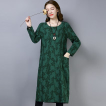 Women's large Spring 2020 Dress singleton  commute easy moderate Socket Long sleeves Plants and flowers, solid color literature Crew neck Medium length Cotton, hemp Collage routine pocket 51% (inclusive) - 70% (inclusive) Medium length