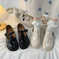 Low top shoes 35 36 37 38 39 40 Yunaike BEIGE BLACK Square head PU Flat bottom Low heel (1-3cm) Shallow mouth cloth Spring 2021 Flat buckle Britain Adhesive shoes Youth (18-40 years old) Solid color polyurethane Single shoes Shallow mouth cloth leisure time ynk544287 Pure e-commerce (online only)