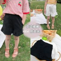 trousers Other / other female 80cm,90cm,100cm,110cm,120cm,130cm,140cm Black, white summer shorts Korean version There are models in the real shooting Casual pants Leather belt middle-waisted other Don't open the crotch Other 100% A2082 Class B A2082 Chinese Mainland