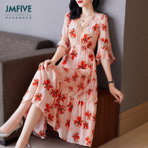 Dress Spring 2021 gules S/155 M/160 L/165 XL/170 XXL/175 Mid length dress singleton  elbow sleeve street V-neck middle-waisted Broken flowers zipper Big swing pagoda sleeve Others 30-34 years old Type A JMFIVE JM21CZ04060001 More than 95% Crepe de Chine silk Mulberry silk 100% Europe and America