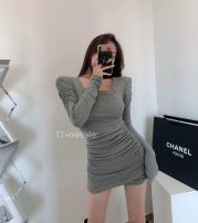 Dress Winter 2020 Gray, black Average size Short skirt singleton  Long sleeves commute square neck High waist Socket Irregular skirt routine Others 18-24 years old Type A Korean version 51% (inclusive) - 70% (inclusive) other cotton