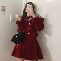 Fashion suit Winter 2020 S, M Red umbrella skirt, red coat 18-25 years old C5589