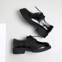 Low top shoes 35,36,37,38,39,40 KONEUGGU Black, brown Round head Double skin mulching Flat bottom Low heel (1-3cm) Shallow mouth Superfine fiber Autumn of 2019 Frenulum solar system Adhesive shoes Youth (18-40 years old) Solid color TPR (tendon) Single shoes Shallow mouth, cross bandage daily MZ57670