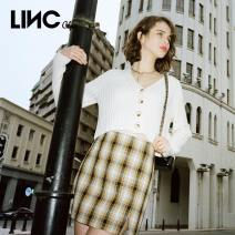 skirt Spring 2021 S M L Huang Heige Short skirt commute High waist A-line skirt lattice Type A 25-29 years old S211SK288 Jin Yujie Button Same model in shopping mall (sold online and offline)