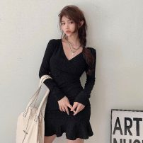 Dress Spring 2021 black Average size Short skirt singleton  Long sleeves commute V-neck High waist Solid color Socket other routine Others 18-24 years old Korean version 51% (inclusive) - 70% (inclusive) knitting polyester fiber
