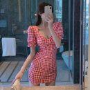 Dress Spring 2021 Red, black S, M Short skirt singleton  Short sleeve commute square neck lattice Socket Pencil skirt puff sleeve Others Retro 51% (inclusive) - 70% (inclusive) cotton