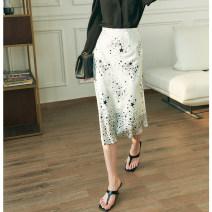 skirt Spring 2021 S,M,L,XL White, black Mid length dress grace High waist A-line skirt other Type A PPH2102CQ630 30% and below Silk and satin Pig house / gentle pig silk zipper