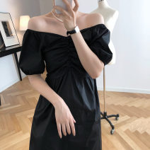 Dress Summer 2021 Black, dark green M, L longuette Short sleeve V-neck High waist Solid color puff sleeve Others 18-24 years old majekoce Collage / stitching 30% and below other