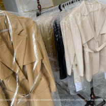short coat Spring 2021 M, L Classic black (with belt), gentle apricot (with belt), cream camel (with belt) Long sleeves Medium length routine commute routine tailored collar A button Solid color 25-29 years old Home only 96% and above WT2860 other
